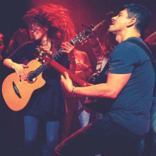 Rodrigo y Gabriela Thumbnail Image